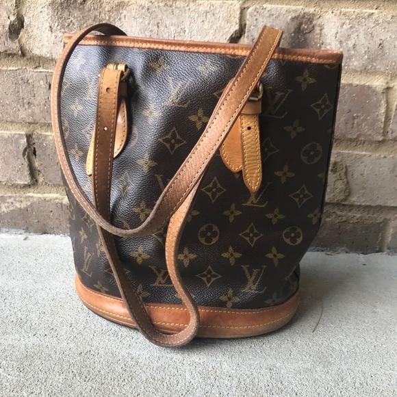 Louis Vuitton Handbags - Authentic Louis Vuitton Bucket Bag